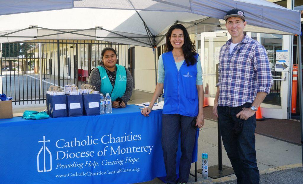 Farmworker caravan donates to hundreds of farmworker families